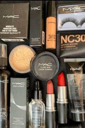 Mac Hot Combo Makeup Set